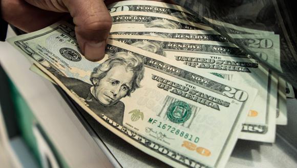 En el mercado paralelo o casas de cambio de Lima, el tipo de cambio se cotiza a S/3,560 la compra y S/3,590 la venta. (Foto: GEC)
