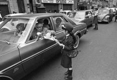 El día en que la policía escolar salió a las calles para pedirles a los choferes que no se pasen la luz roja