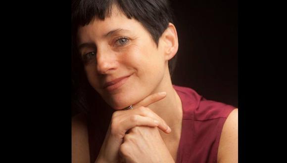 Erika Stockholm es escritora, productora teatral, actriz y presidenta de la Asociación Cultural ¡Al teatro por primera vez!