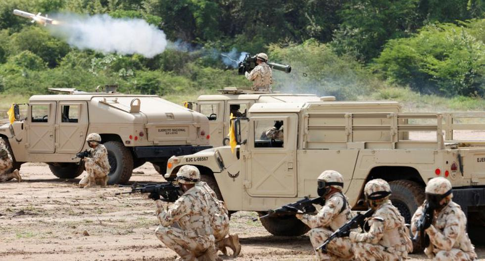 Colombia conducts a military exercise in a border region with Venezuela