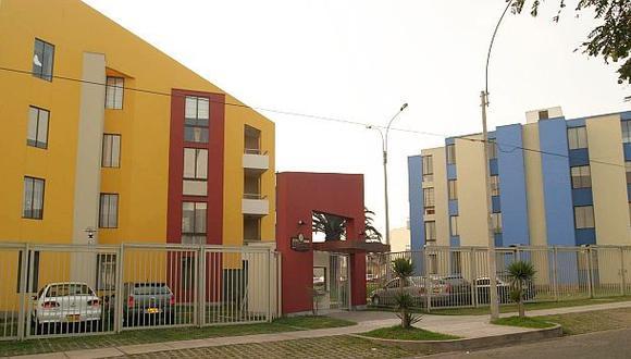 El sector privado busca que el gobierno dé beneficios para viviendas cuyo valor ascienda hasta 25 UIT (S/101.250). (Foto: Archivo El Comercio)