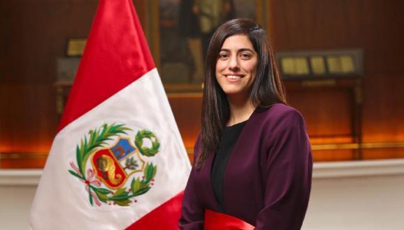 Alva Luperdi es bachiller en Economía de la Universidad del Pacífico y su cargo más reciente fue como Directora General de Presupuesto Público del MEF. (Foto: PCM)