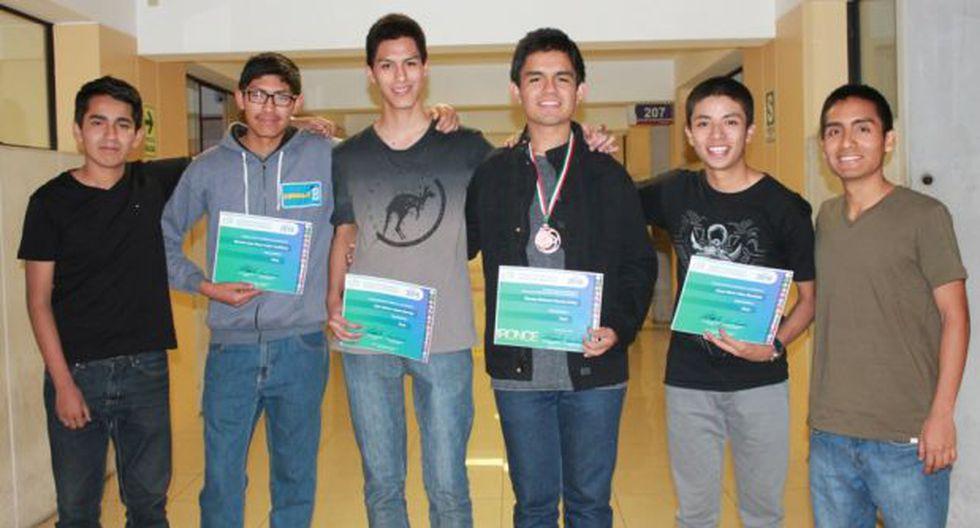 Perú logró medalla en concurso de informática para escolares
