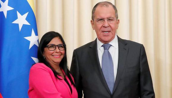 Delcy Rodríguez, vicepresidenta de Venezuela, durante su encuentro con el canciller ruso, Sergio Lavrov. Foto: Reuters