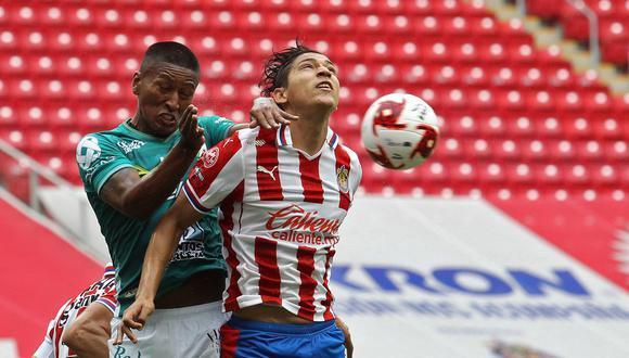 Pedro Aquino jugó 83 minutos en el empate 0-0 del Chivas vs León. (Foto: AFP / Ulises Ruiz)