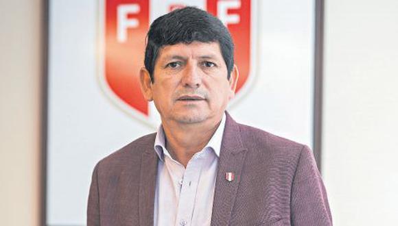 Agustín Lozano tiene poco más de tres meses en el cargo de presidente de la FPF. (Foto: Anthony Niño de Guzmán / El Comercio)