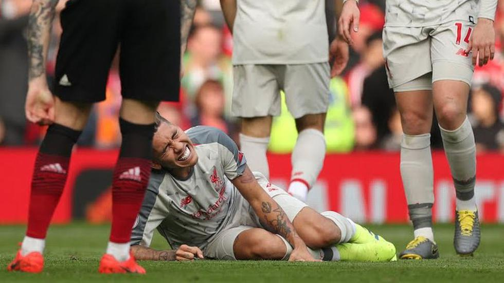 Roberto Firmino fue el único en salir de Liverpool, Daniel Sturridge fue su reemplazante (Foto: AFP)