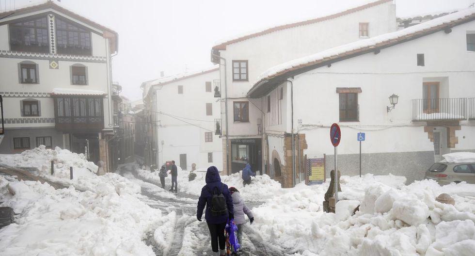 El temporal que viene azotando el este de España ha dejado hasta el momento cuatro víctimas. (Foto: Reuters)