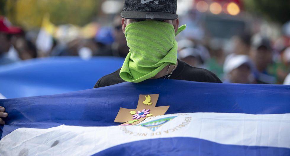 El miércoles, un gran número de policías frustraron una marcha de la oposición con la que se pretendía conmemorar el aniversario de las protestas. (Foto: EFE)