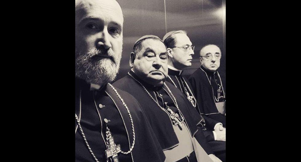 """Ramón García en el set de """"The New Pope"""". (Foto: Instagram)"""
