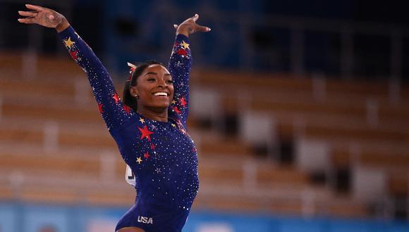 Simone Biles logró el bronce en la final de barra de equilibrio en los Juegos Olímpicos de Tokio 2020. (Foto: AFP)
