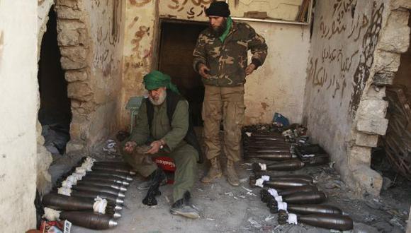Siria: rebeldes toman prisión en Alepo y liberan detenidos