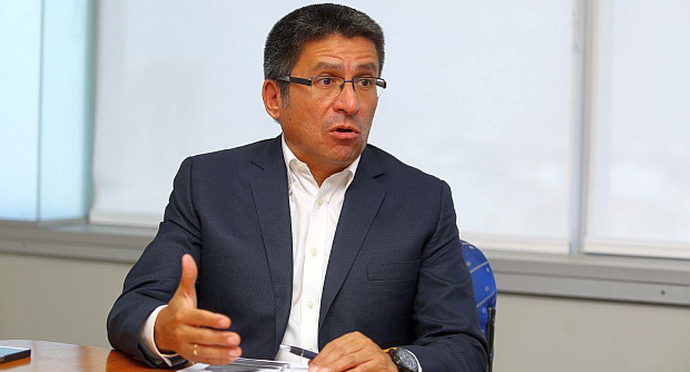 Perea dice que los indicadores de inversión mantienen una tendencia positiva. El dólar subiría 2,5% en el 2018. (Foto: El Comercio)