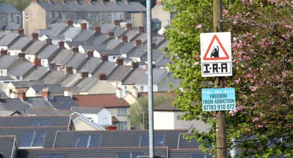 En las calles de Londonderry (o Derry) se pueden ver pintadas o carteles a favor del IRA. Foto: AFP