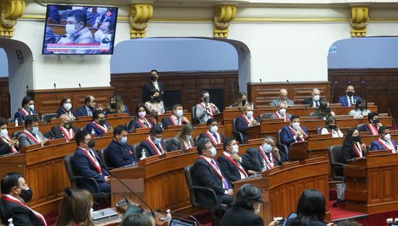 Los congresistas elegidos para el período 2021-2026 se reúnen en el hemiciclo para participar de la elección de los integrantes de la Mesa Directiva, el pasado 26 de julio. (Foto: Congreso).