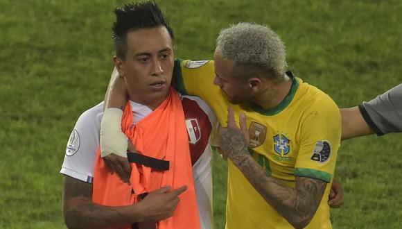 Christian Cueva confesó qué le dijo Neymar tras el final del Perú vs. Brasil. (Foto: AFP)