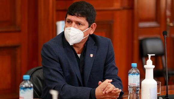 Agustín Lozano ha decidido no pronunciarse públicamente por el tema de las vacunación suspendida en la FPF. (Foto: PCM).