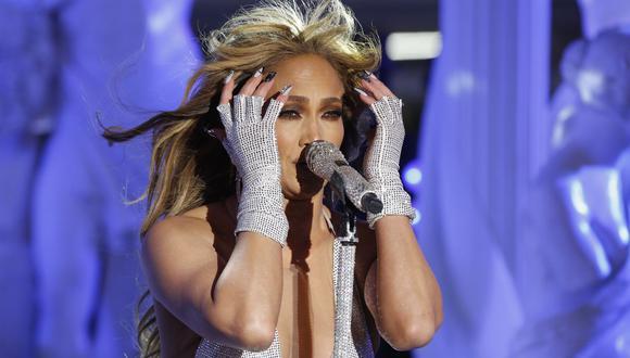 Jennifer López no pudo evitar quebrarse durante su actuación en Times Square por Año Nuevo. (Foto: AFP/Gary Hershorn)