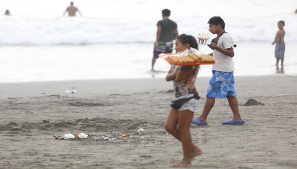 Limeños despidieron la Semana Santa en playa Agua Dulce [FOTOS] - 14