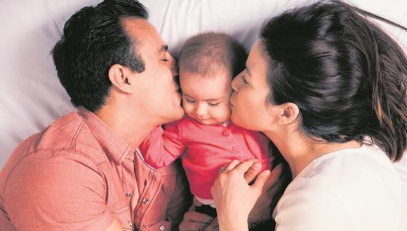 La ansiedad por criar adecuadamente a las hijas e hijos puede ocasionar que padres y madres se conviertan en hipermadres e hiperpadres.