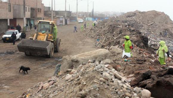 Callao: protegen asentamientos humanos ante oleaje anómalo