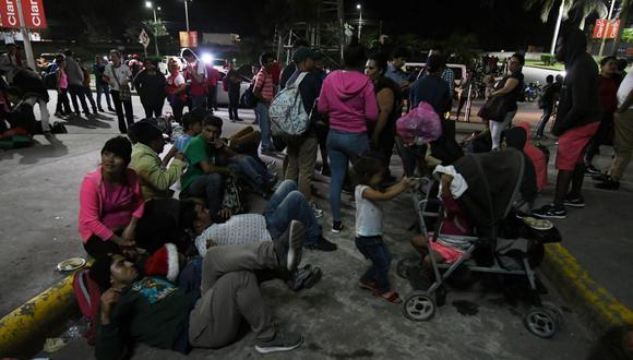 """""""Se tiende cada vez más a incriminar al ingreso ilegal de extranjeros, se incrementa la detención arbitraria de inmigrantes y se expanden las medidas de expulsión perentoria"""". (Foto: AFP)"""
