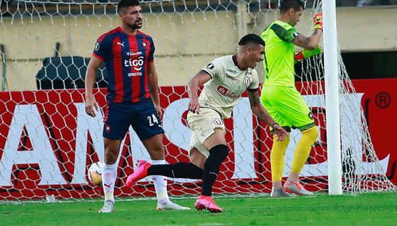 Dos Santos anotó en el empate 1-1 entre Universitario y Cerro Porteño. (Foto: Agencias)