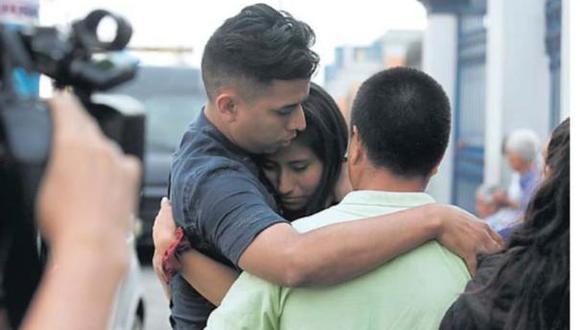 Familiares acudieron el jueves a la Morgue Central de Lima para reconocer el cuerpo del menor. (Foto: El Comercio)
