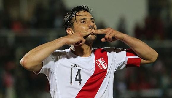 Claudio Pizarro felicitó a medallistas peruanos de Toronto 2015