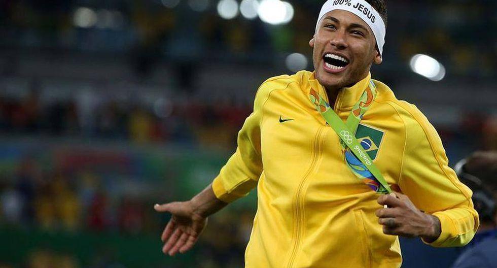Neymar lideró a Brasil al oro olímpico en Rio 2016. Manifestó su deseo de estar en Tokio, pero eso ahora está en veremos. (Foto: AFP)