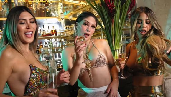 """Claudia Serpa estrenó el videoclip de """"Tan enamorados"""", su versión urbana de la canción de Ricardo Montaner. (Foto: Captura)"""