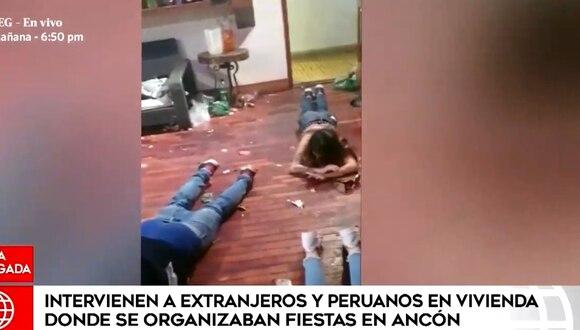Ciudadanos extranjeros fueron intervenidos esta madrugada en una casa de playa, en Ancón. (Foto captura: América Noticias)