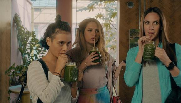 """""""Un día eres joven"""". De izquierda a derecha, Ale (Jely Reátegui), Fabi (Gisela Ponce de León) y Belén (Emilia Drago). Foto: Movistar TV."""