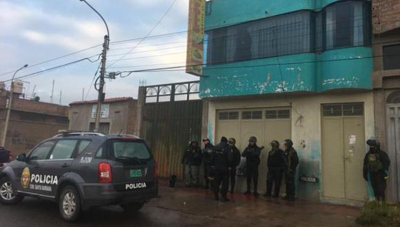 Fiscalía allana siete viviendas por investigación a ex alcalde de Azángaro