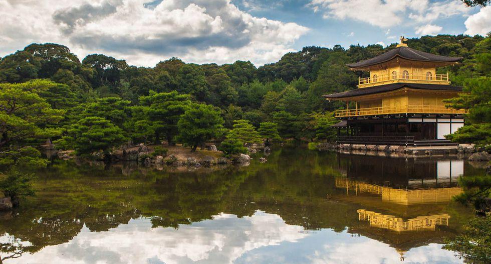 Kioto, Japón:  Es la segunda ciudad más visitada de Japón después de su capital, Tokio. Ubicada en el centro del país, Kioto fue la capital entre los años 794 y 1868 y en ella se instaló la sede de la Corte Imperial. Entre sus monumentos más importantes están el Palacio Imperial, el Castillo Nijō, el Kinkaku-ji y el Ginkaku-ji (Santuario Heian y el Fushimi Inari-taisha).