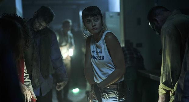 Ella Purnell is Kate Ward, the daughter of Scott, Dave Bautista's character.  (Photo: Netfix)