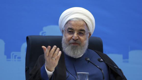 """El presidente iraní Hasán Rohani dijo que en """"el momento en que ustedes (Estados Unidos) abandonen las sanciones y dejen de hostigarnos, estaremos listos para negociar"""". (AP)"""