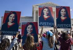 Miles de mujeres protestan en EE.UU. contra nominada por Trump para la Corte Suprema | FOTOS