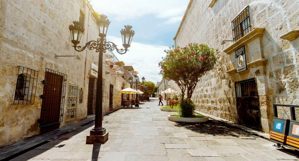 Las calles de la Ciudad Blanca, cuyo centro histórico es Patrimonio de la Humanidad.  Foto: Shutterstock