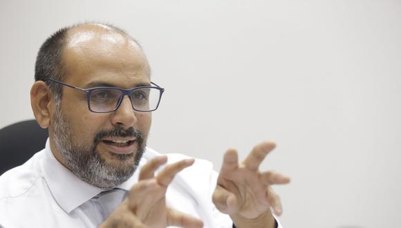 """Daniel Alfaro, ex ministro de Educación, es uno de los especialistas convocados para el Libro """"Propuestas para el Bicentenario editado por Debate. (Foto: GEC)"""