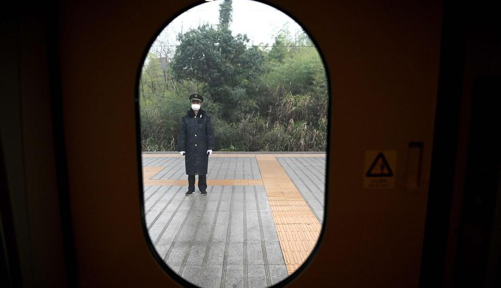 Esta gran metrópolis del centro de China está aislada del mundo desde el 23 de enero, más de un mes después de que el virus apareciera en un mercado de esta ciudad de 11 millones de habitantes. (AFP).