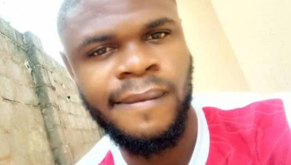 Enya Egbe quedó impactado al descubrir en su clase el cadáver de su amigo. (ENYA EGBE)