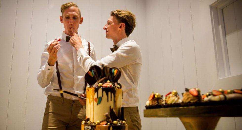 """""""Pero esta noche puedo decir que el matrimonio es entre dos personas"""", interviene Luke Sullivan. (Foto: AFP)"""