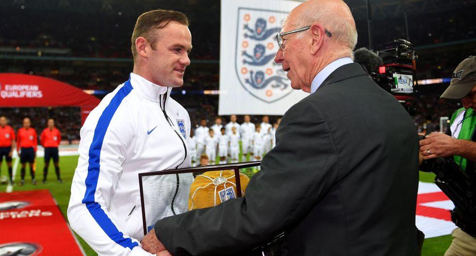 Inglaterra vs. Eslovenia: Rooney y el homenaje por partido 100 - 1