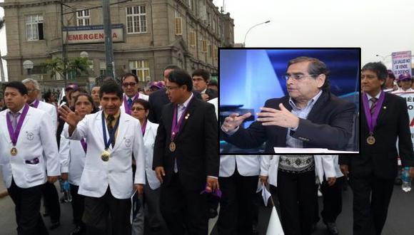 """Minsa: """"No se negociará nueva escala salarial con médicos"""""""