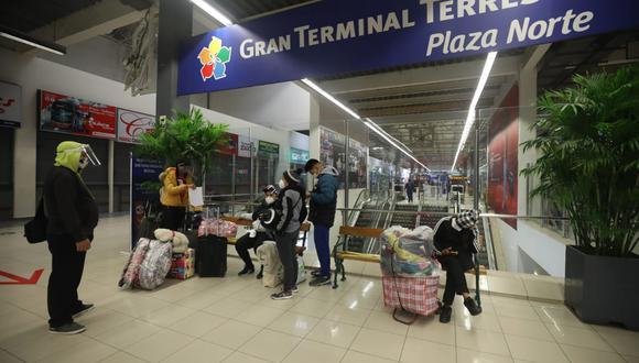 Terminales terrestres reanudaron operaciones en el marco de la fase 3 de la reactivación económica. (Foto: Britanie Arroyo/GEC)