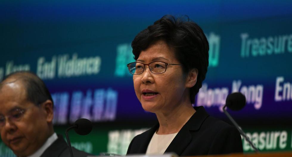 """En una rueda de prensa, Carrie Lam dijo hoy a los periodistas que los métodos violentos de algunos manifestantes radicales solo hacen que el Ejecutivo tenga """"una mayor determinación para acabar con la violencia"""". (AFP)"""