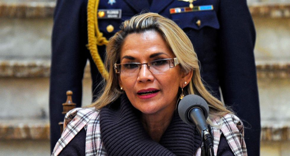 El bloqueo en la planta de combustibles de Senkata ha representado para el Gobierno interino de Bolivia uno de los conflictos más complejos desde que Jeanine Áñez asumió la Presidencia. (Foto: AFP)