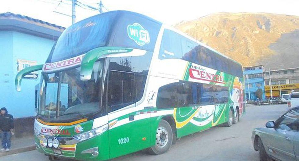 Delincuentes asaltan bus y se roban hasta la ropa de pasajeros