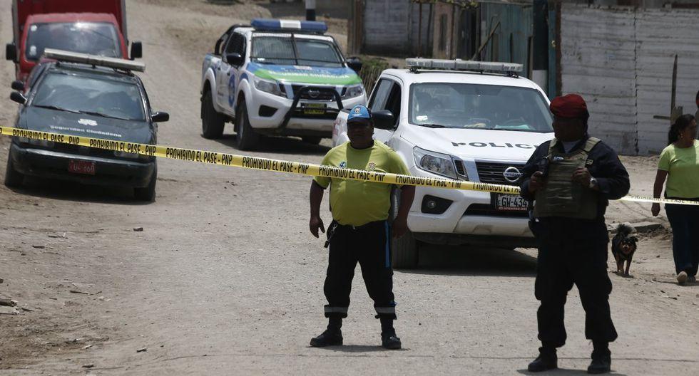 El atentado se produjo cuando la víctima se encontraba en los exteriores de su casa. (Foto: GEC)